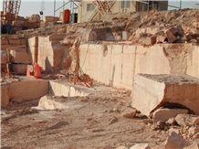 /picture201511/Quarry/20192/152034/yellow-travertine-jordan-gold-travertine-quarry-jordan-travertine-royal-gold-dark-travertine-quarry1-6093B.JPEG