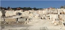 /picture201511/Quarry/20192/155865/travertino-romano-carolina-quarry-quarry1-6049B.JPG