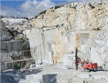 /picture201511/Quarry/20192/156077/river-white-granite-river-gold-granite-quarry-quarry1-6071B.PNG