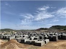 /picture201511/Quarry/20193/151778/hm-angola-black-granite-quarry-quarry1-6216B.PNG