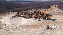 /picture201511/Quarry/20193/156775/vratsa-crema-sts-limestone-quarry-quarry1-6165B.PNG