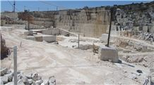 /picture201511/Quarry/20193/157314/rosal-cv4-limestone-rosal-comercial-limestone-quarry-quarry1-6225B.JPG