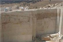 /picture201511/Quarry/20193/28561/california-honey-giallo-provenza-yellow-california-limestone-quarry-quarry1-6149B.JPG