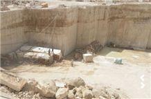 /picture201511/Quarry/20193/28561/royal-grey-marble-quarry-quarry1-6147B.JPG