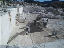 /quarries-6273/caliza-alba-caliza-bianco-quarry