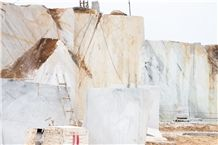 /picture201511/Quarry/20194/157517/white-calcite-marble-quarry-quarry1-6254B.JPG