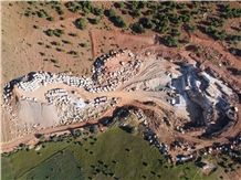 /picture201511/Quarry/20194/158019/royal-grey-marble-quarry-quarry1-6293B.JPG