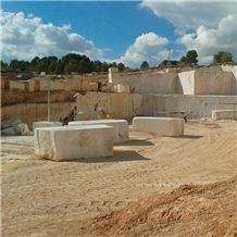 /quarries-6277/marina-rosal-sandstone-quarry