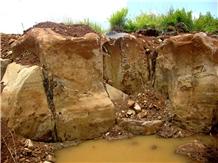 /picture201511/Quarry/20194/92402/vietnam-grey-basalt-quarry-quarry1-6246B.JPG