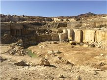 /picture201511/Quarry/20195/111146/iran-white-onyx-golden-white-onyx-quarry-quarry1-6334B.JPEG