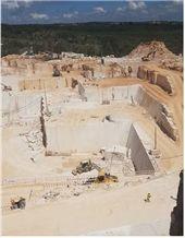 /picture201511/Quarry/20195/135689/fatima-cream-b1-limestone-quarry-quarry1-6376B.JPG