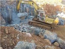 /picture201511/Quarry/20195/153407/vietnam-black-basalt-quarry-20190512075133533-5f72375c-1B.png