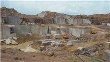 /picture201511/Quarry/20196/159209/bijuri-beige-granite-quarry-quarry1-6406B.JPG