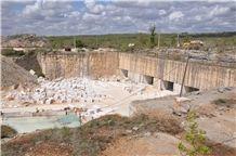 /picture201511/Quarry/20197/152160/kanfanar-layer-ii-limestone-quarry-quarry1-6455B.JPG