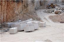 /picture201511/Quarry/20197/152160/valtura-statuario-limestone-quarry-quarry1-6450B.JPG