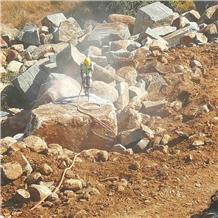 /picture201511/Quarry/20197/158514/rustenburg-super-dark-rustenburg-granite-quarry-quarry1-6431B.PNG