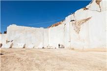 /picture201511/Quarry/20198/161741/kemalpasa-white-bianco-white-marble-quarry-quarry1-6516B.JPG