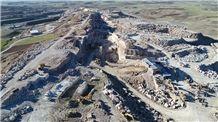 /picture201511/Quarry/20198/33109/tf-white-onyx-snow-white-onyx-quarry-quarry1-6501B.JPG