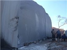 /picture201511/Quarry/20199/163011/mozambique-brown-granite-quarry-quarry1-6574B.JPG