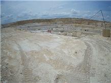 /picture201511/Quarry/20199/42597/salem-grey-limestone-quarry-quarry1-6579B.JPG