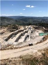 /picture201511/Quarry/20199/60639/azul-alpendurada-granite-blue-alpendurada-granite-quarry-quarry1-3696B.PNG
