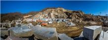 /picture201511/Quarry/20201/166677/three-gorges-wave-granite-china-multicolor-red-granite-quarry-quarry1-6821B.JPG