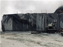 /picture201511/Quarry/20203/166754/carrara-black-marble-cattani-nero-colonnata-imperiale-quarry-quarry1-6935B.JPEG
