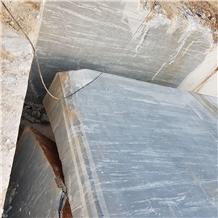 /picture201511/Quarry/20203/168667/marmara-platinum-gray-marble-quarry-quarry1-6920B.JPG