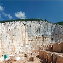 /picture201511/Quarry/20204/108697/granitis-kycnos-white-marble-victory-white-marble-quarry-quarry1-6912B.JPG