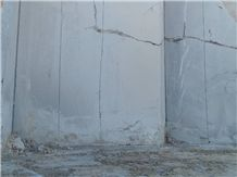 /picture201511/Quarry/20205/115378/persian-nero-marquina-marble-quarry-quarry1-6983B.JPG