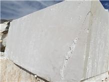 /picture201511/Quarry/20206/171317/tomorri-white-pearl-marble-quarry-quarry1-7016B.JPG