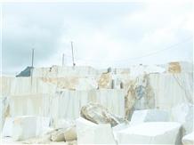 /picture201511/Quarry/20206/171322/vietnam-adanga-marble-quarry-quarry1-7017B.JPG