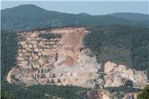 /picture201511/Quarry/20206/94587/cava-paine-marmo-botticino-fiorito-botticino-classico-marble-quarry-quarry1-6041B.JPG