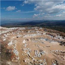 /picture201511/Quarry/20206/95833/amore-bianco-marble-quarry-quarry1-7008B.JPG