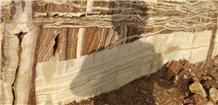/picture201511/Quarry/20208/15360/arya-mnt-white-snow-onyx-quarry-quarry1-7060B.JPG