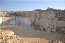 /picture201511/Quarry/20209/173130/bianco-white-marble-quarry-quarry1-7072B.JPG