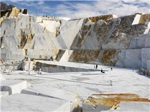 /picture201511/suppliers/201512/67865/bianco-statuario-extra-marble-quarry-quarry1-3882B.JPG