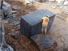 /picture201511/suppliers/201512/93991/emperador-black-nero-creta-marble-quarry-quarry1-3926B.JPG