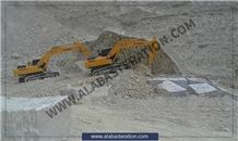 /picture201511/suppliers/20161/126405/alabaster-quarry-quarry1-3975B.JPG