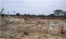 /picture201511/suppliers/20161/24147/colonial-white-granite-quarry-quarry1-3970B.JPG
