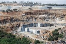 /quarries-4538/villar-del-rey-negro-villar-black-granite-quarry