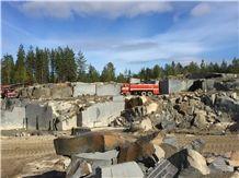 /picture201511/suppliers/20162/106663/koida-black-granite-quarry-quarry1-4018B.JPG