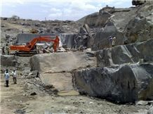 /picture201511/suppliers/20162/127299/black-galaxy-granite-quarry-quarry1-4041B.JPG