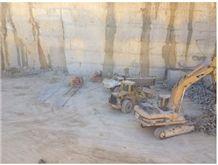/picture201511/suppliers/20163/41310/jerusalem-bone-cream-beit-fajjar-taffouh-stone-quarry-quarry1-4105B.JPG