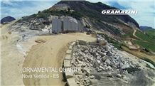 /picture201511/suppliers/20164/128496/giallo-ornamental-nova-venecia-quarry-quarry1-4128B.JPG