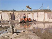 /picture201511/suppliers/20165/115396/gr6-maple-red-leznykivske-granite-quarry-quarry1-4211B.JPG