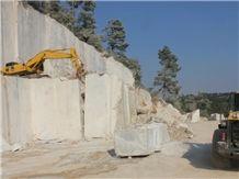 /picture201511/suppliers/20165/115640/luna-grey-luna-river-marble-quarry-quarry1-4263B.JPG