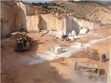 /quarries-4179/mediterranean-cream-quarry