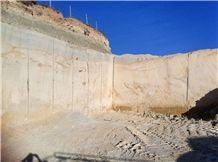 /quarries-4272/golden-cloud-sandstone-quarry