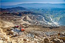 /picture201511/suppliers/20167/131690/piaskowiec-mecina-szary-mecina-piaskowiec-quarry-quarry1-4403B.JPG